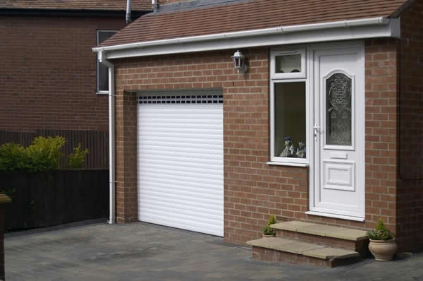 Garage roller door on huge range of roller garage doors for Garage building software